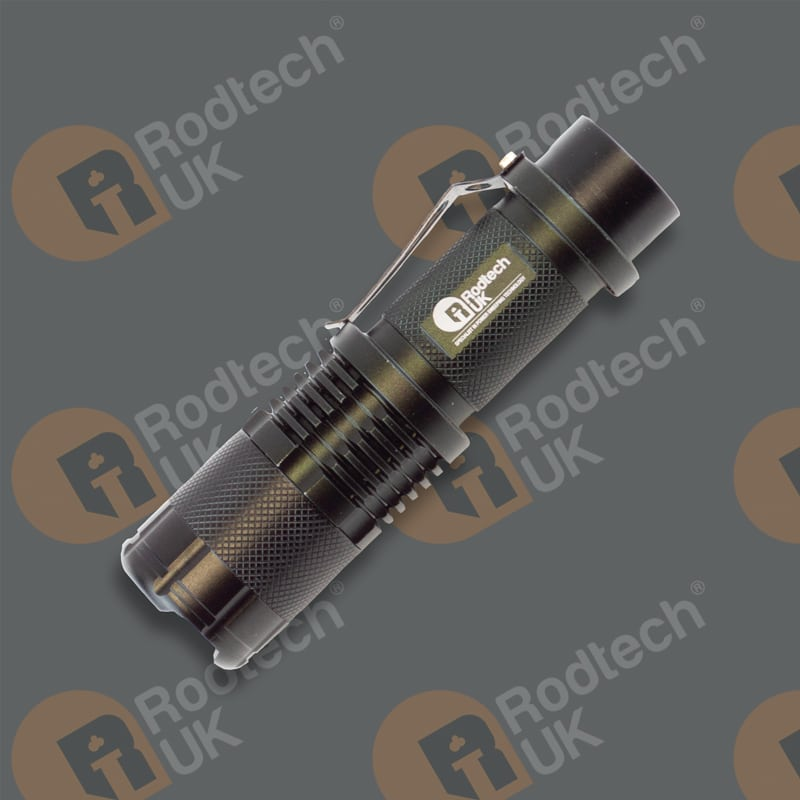 1200 lumen Rechargeable Torch with Charger and Plastic Case